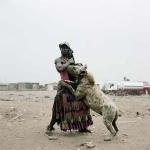 הצלם Pieter Hugo ואנשי הצבועים