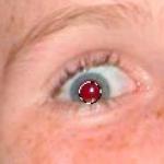 כיצד להסיר את תופעת העיניים האדומות?